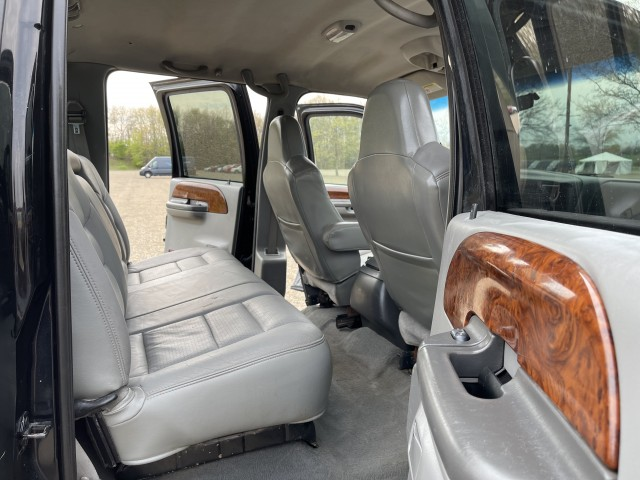 2002 Ford F-350 SD Lariat Crew Cab Long Bed 4WD for sale at Summit Auto Sales