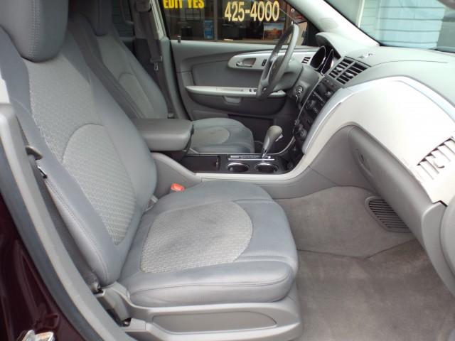 2009 CHEVROLET TRAVERSE LS for sale at Carena Motors