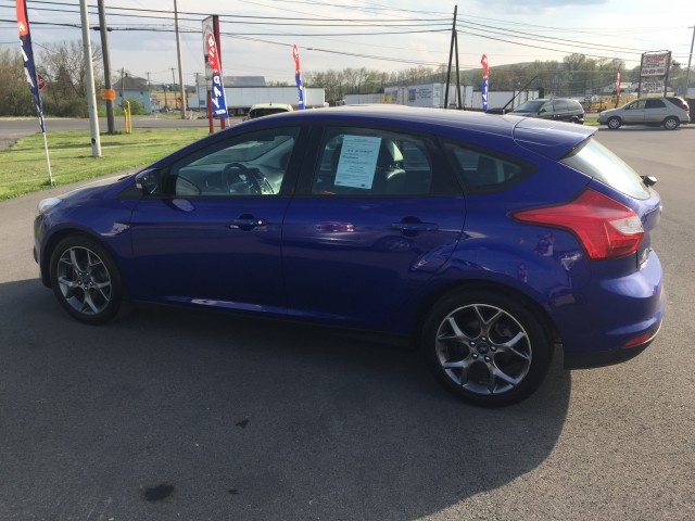 2013 Ford Focus SE Hatch for sale at Mull's Auto Sales