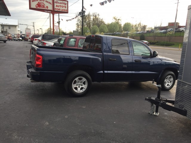 2007 Dodge Dakota SLT Quad Cab 4WD for sale at Mull's Auto Sales