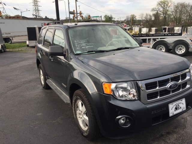 2008 Ford Escape XLT 4WD I4 for sale at Mull's Auto Sales