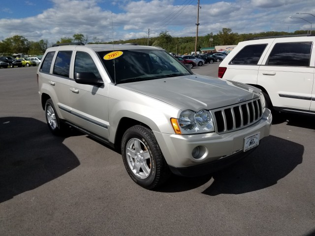 2007 Jeep Grand Cherokee Laredo 4WD for sale at Mull's Auto Sales