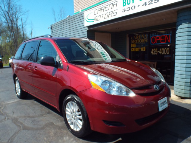 2007 TOYOTA SIENNA LE for sale | Used Cars Twinsburg | Carena Motors