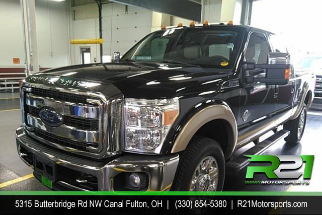 2011 FORD F-250 SD LARIAT CREW CAB 4WD 6.7L POWERSTROKE DIESEL for sale at R21 Motorsports