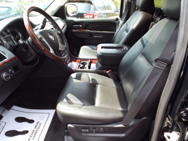 2014 CADILLAC ESCALADE PREMIUM for sale at Carena Motors