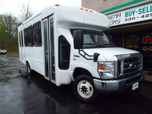 2013 FORD ECONOLINE E350 SUPER DUTY CUTAWAY VAN for sale in Twinsburg, Ohio