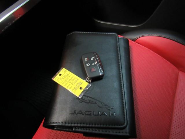 2018 Jaguar F-Pace 30t R-Sport AWD in Cleveland