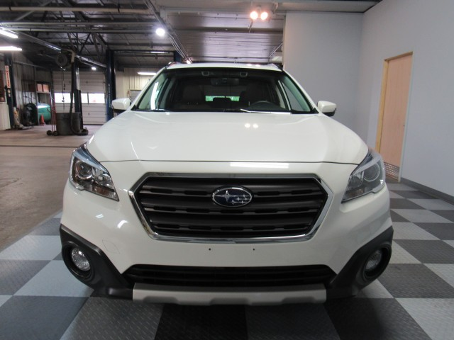 2017 Subaru Outback 3.6R Touring in Cleveland