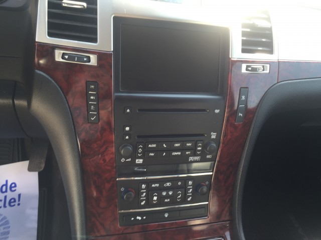 2008 Cadillac Escalade ESV for sale at Mull's Auto Sales