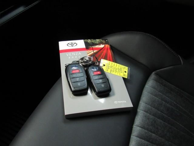 2021 Toyota Venza XLE Hybrid  in Cleveland