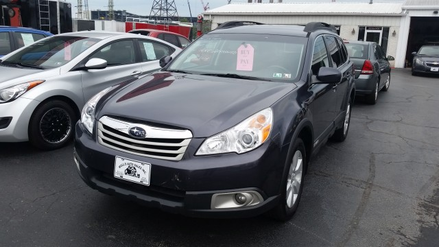 2010 Subaru Outback 2.5I Premium for sale at Mull's Auto Sales