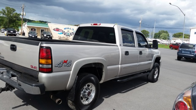 2007 GMC Sierra Classic 2500HD SL Crew Cab Long Box 4WD for sale at Mull's Auto Sales