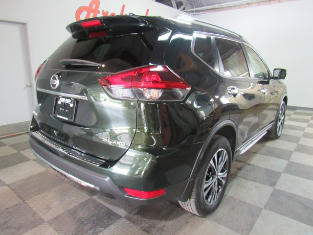 2018 Nissan Rogue SL AWD in Cleveland