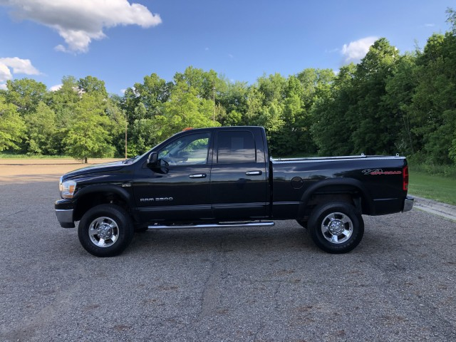 2006 Dodge Ram 2500 SLT Quad Cab 4WD for sale at Summit Auto Sales