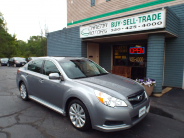 2010 SUBARU LEGACY 2.5I LIMITED for sale in Twinsburg, Ohio