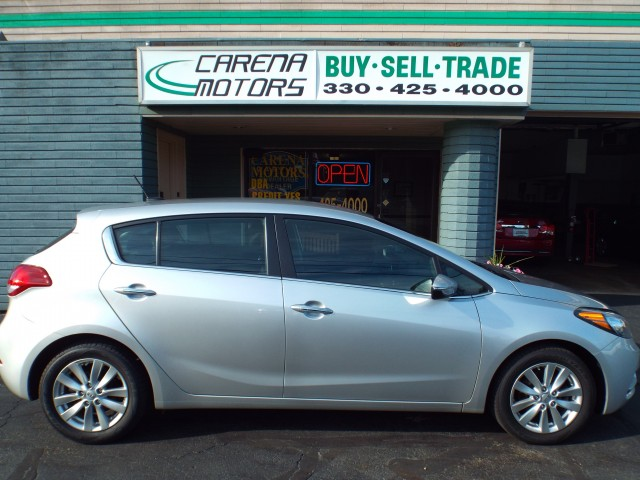 2014 KIA FORTE 5 EX for sale at Carena Motors