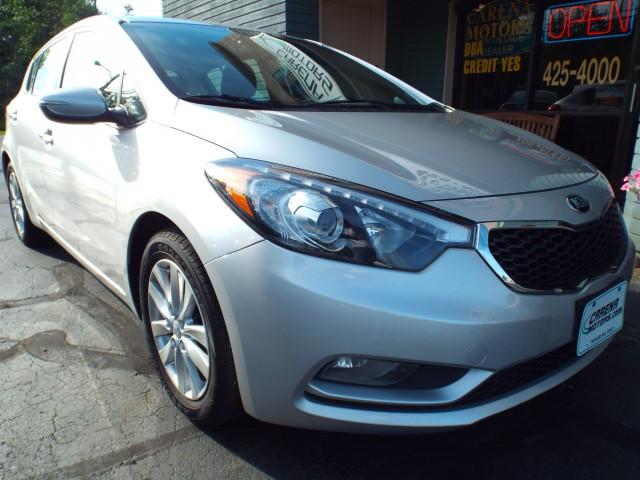 2014 KIA FORTE 5 EX for sale at Carena Motors