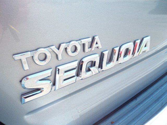 2007 TOYOTA SEQUOIA SR5 for sale at Carena Motors