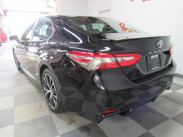 2018 Toyota Camry SE  in Cleveland