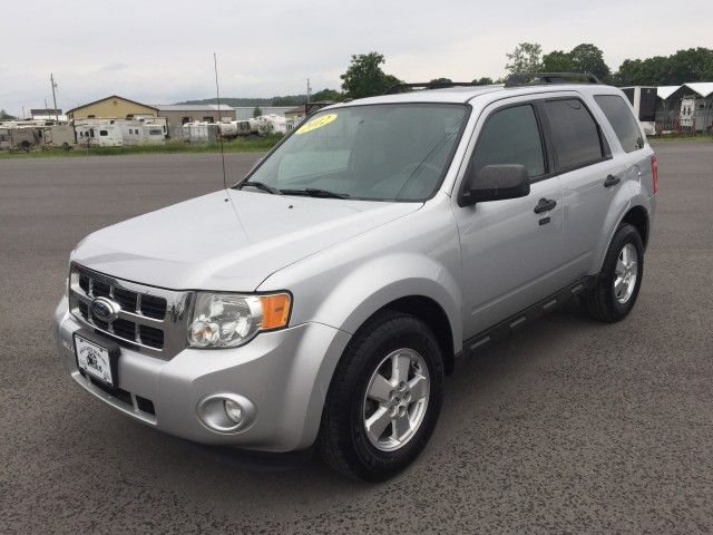 2012 Ford Escape XLT 4WD for sale at Mull's Auto Sales
