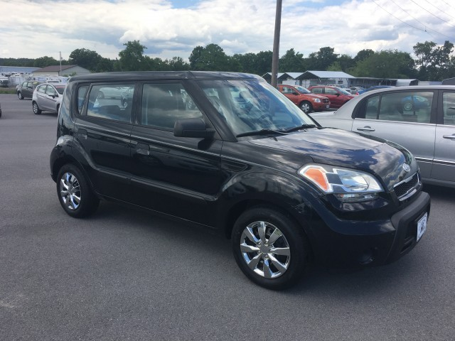 2010 Kia Soul Base for sale at Mull's Auto Sales