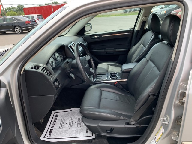 2010 Chrysler 300 Touring for sale at Mull's Auto Sales