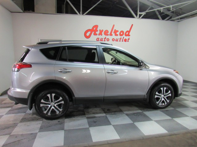 2018 Toyota RAV4 LE AWD in Cleveland