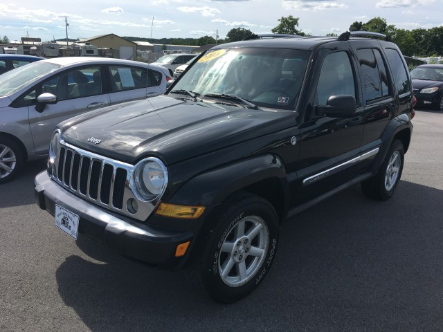 2006 Jeep Liberty Limited 4WD for sale at Mull's Auto Sales