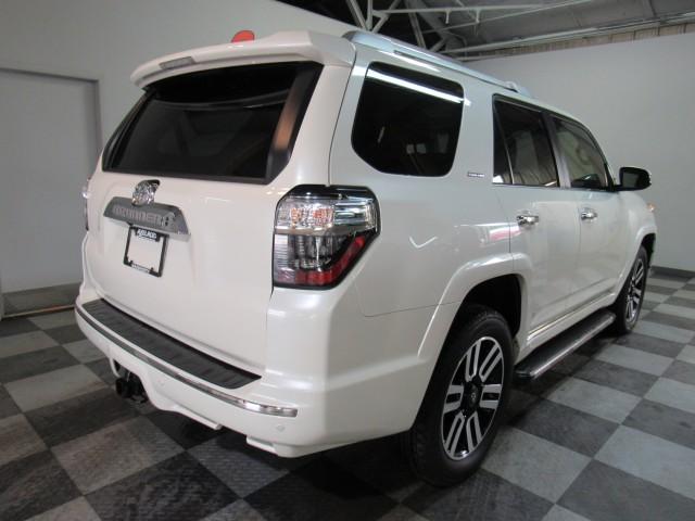 2019 Toyota 4Runner SR5 4WD in Cleveland