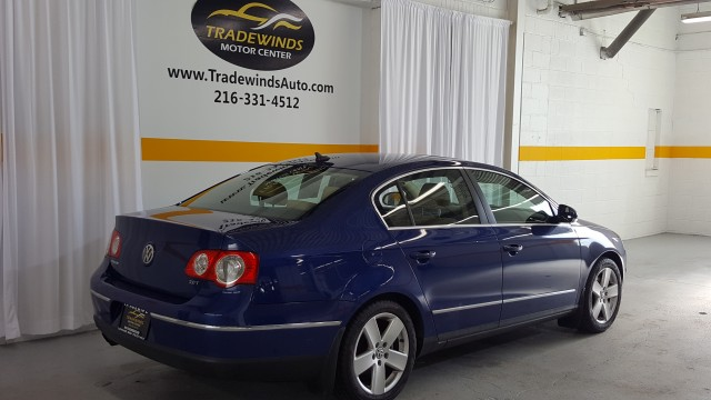2008 VOLKSWAGEN PASSAT KOMFORT for sale at Tradewinds Motor Center