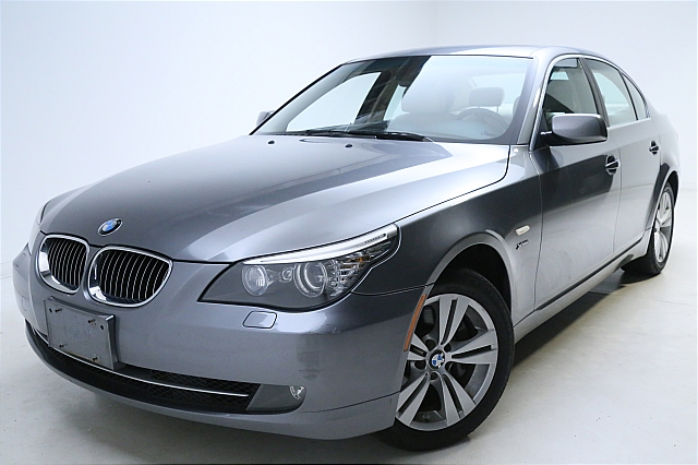 2009 BMW 528 XI for sale at Stewart Auto Group
