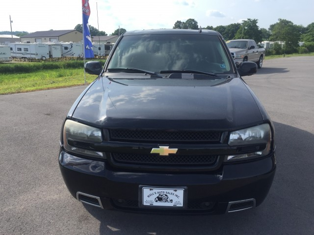 2006 Chevrolet TrailBlazer LT 2WD for sale at Mull's Auto Sales