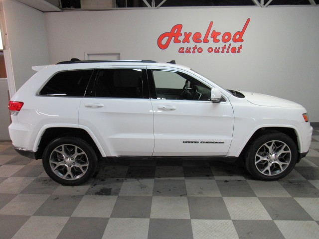 2018 Jeep Grand Cherokee Sterling Edition 4WD in Cleveland