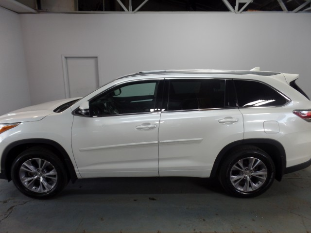 owned utility in toyota le oh sale htm for certified pre highlander used cincinnati sport price