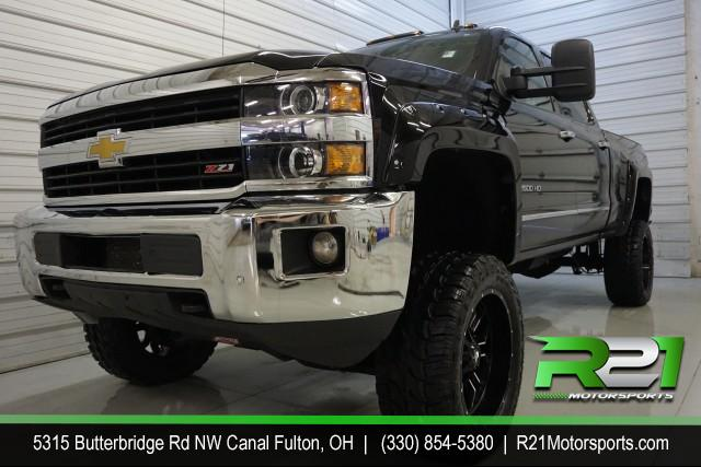2012 GMC SIERRA 2500HD SLT CREW CAB 4WD for sale at R21 Motorsports