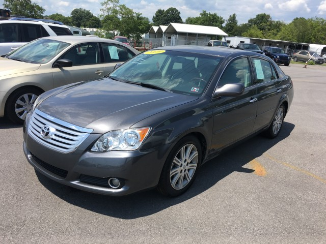 2009 Toyota Avalon Limited for sale at Mull's Auto Sales