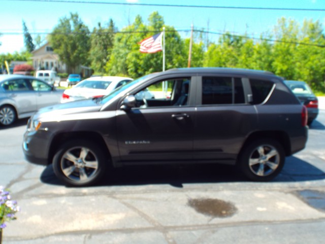 2016 JEEP COMPASS HIGH ALTITUDE for sale at Carena Motors