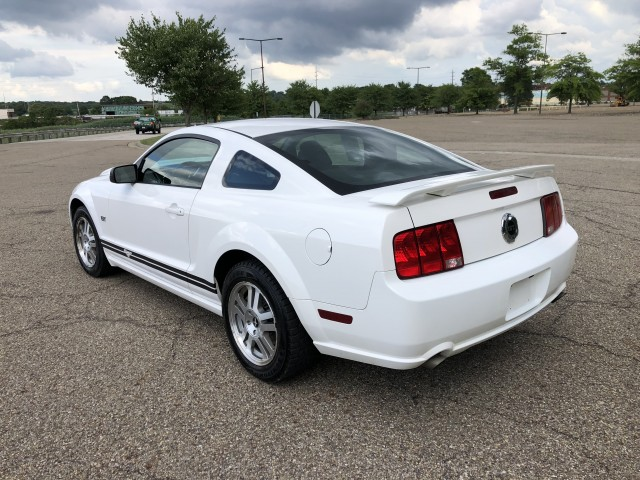 2006 Ford Mustang GT Deluxe Coupe for sale at Summit Auto