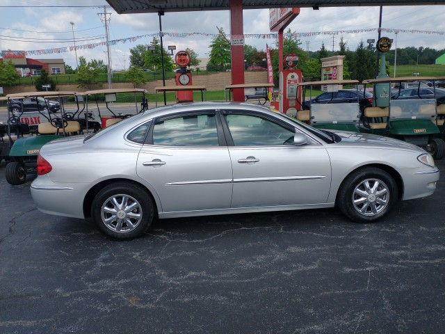 2005 Buick LaCrosse CXL for sale at Mull's Auto Sales