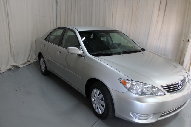 2005 TOYOTA CAMRY LE for sale | Used Cars Twinsburg | Carena Motors