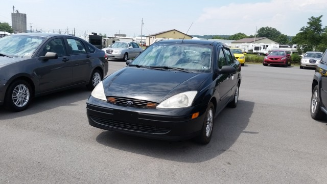 2000 Ford Focus ZTS for sale at Mull's Auto Sales