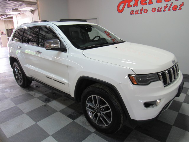 2019 Jeep Grand Cherokee Limited Luxury Group 2 4WD in Cleveland