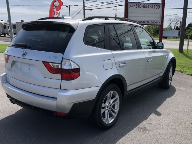 2007 BMW X3 3.0si for sale at Mull's Auto Sales