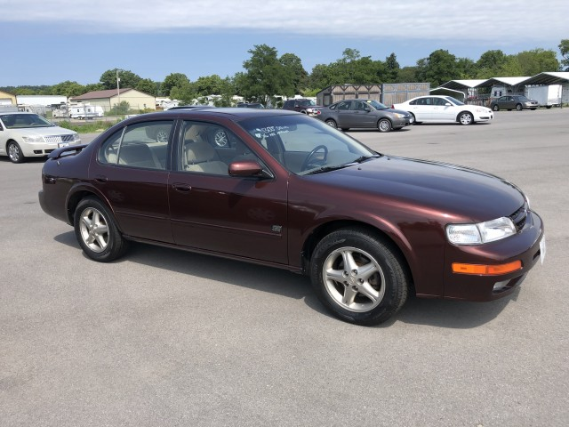 1999 Nissan Maxima GXE for sale at Mull's Auto Sales