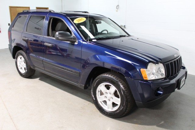 2005 JEEP GRAND CHEROKEE LAREDO for sale | Used Cars Twinsburg | Carena Motors