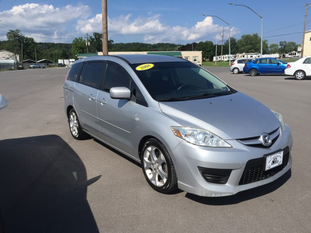 2008 Mazda MAZDA5 Touring for sale at Mull's Auto Sales