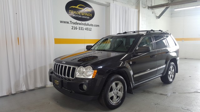 2005 JEEP GRAND CHEROKEE LIMITED for sale at Tradewinds Motor Center