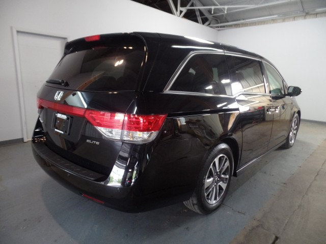 2016 Honda Odyssey Touring Elite in Cleveland
