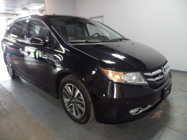 2016 honda odyssey touring elite for sale at axelrod. Black Bedroom Furniture Sets. Home Design Ideas