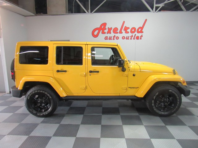 2015 Jeep Wrangler Unlimited Altitude 4WD in Cleveland